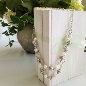 Silver beads and faux pearls necklace